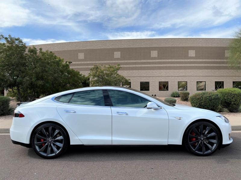 Tesla Model S 2015 price $74,500
