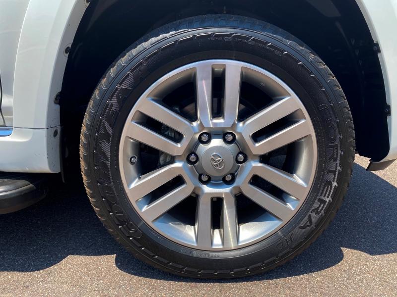 Toyota 4Runner 2013 price $23,900