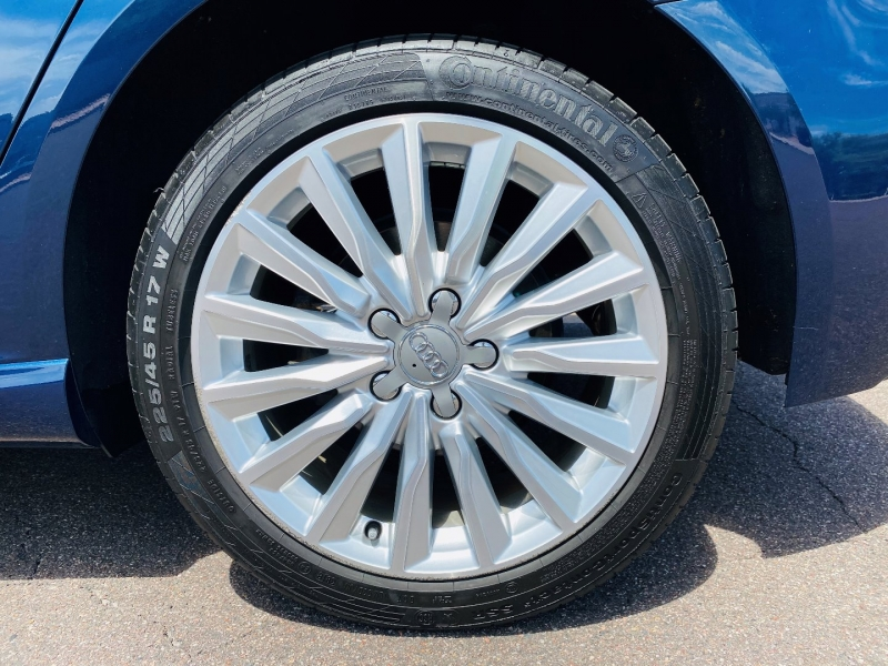 Audi A3 Sportback e-tron 2017 price $26,900