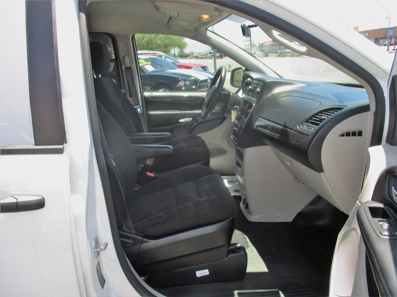 RAM Cargo Van 2015 price $8,995