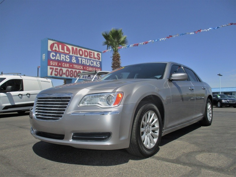 Chrysler 300 2011 price $10,995