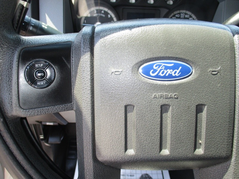 Ford Super Duty F-250 SRW 2011 price $16,995