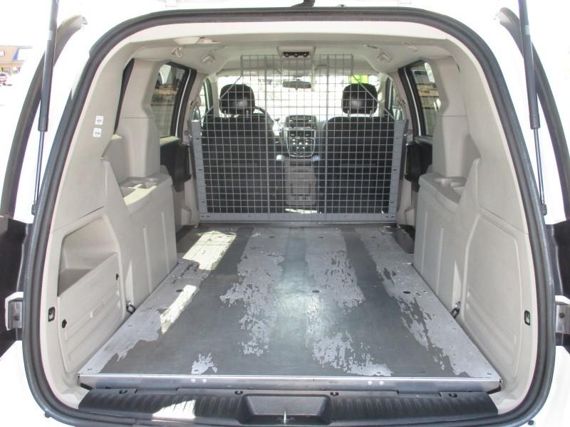 RAM Cargo Van 2015 price $10,995
