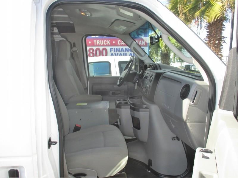 Ford Econoline Cargo Van 2011 price $7,995