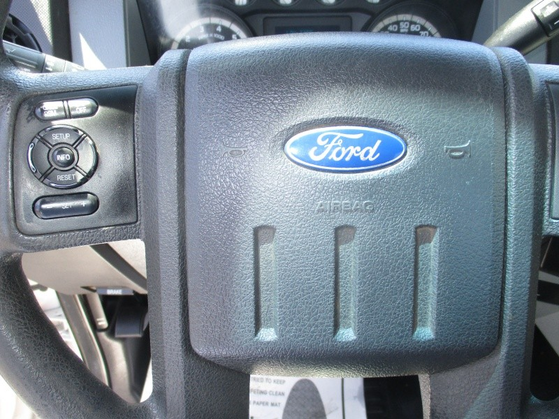 Ford Super Duty F-350 SRW 2012 price $17,995