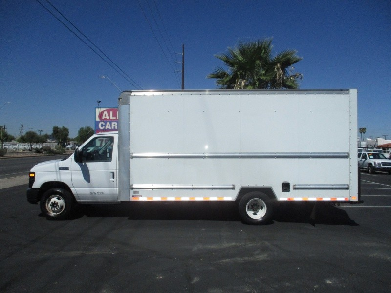 Ford Econoline Commercial Cutaway 2015 price $15,995