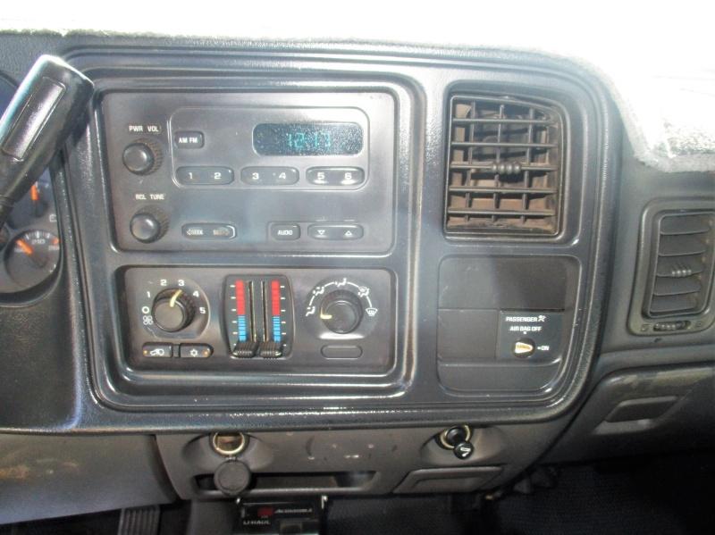 Chevrolet Silverado 2500HD 2004 price $6,995 Cash