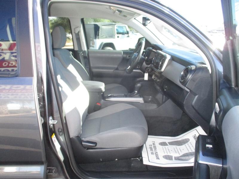 Toyota Tacoma 2WD 2019 price $27,995