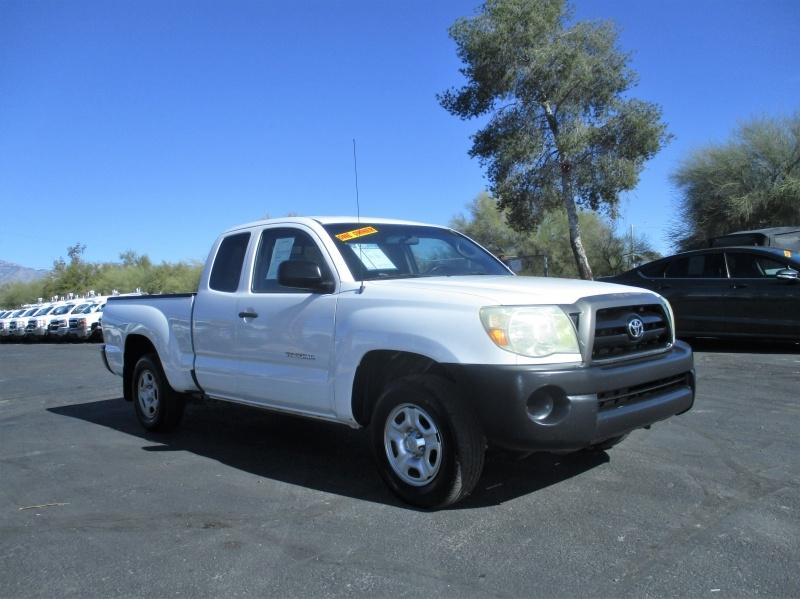 Toyota Tacoma 2006 price $10,995