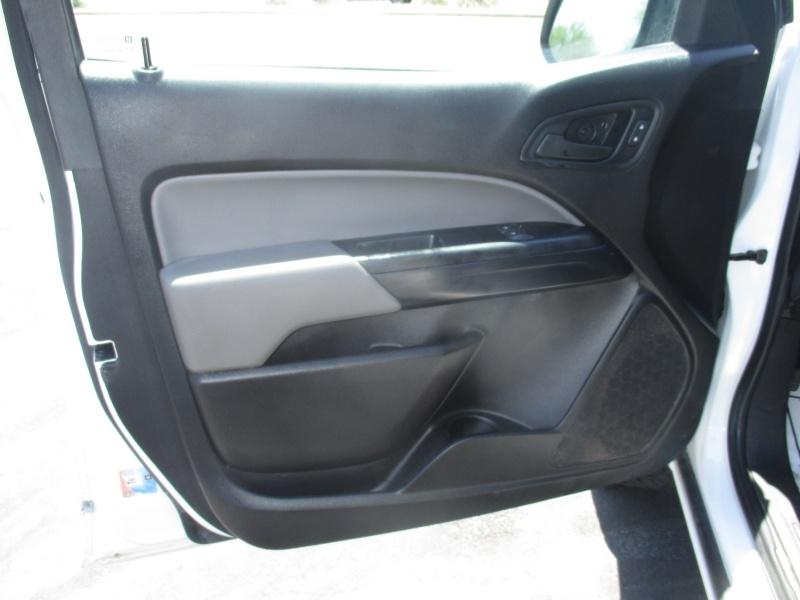 Chevrolet Colorado 2017 price $16,995