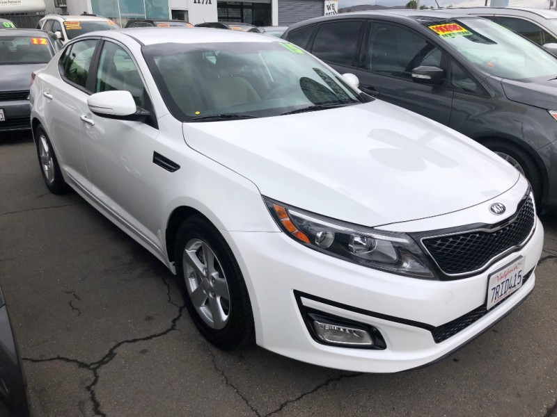 Kia Optima 2015 price $12,995