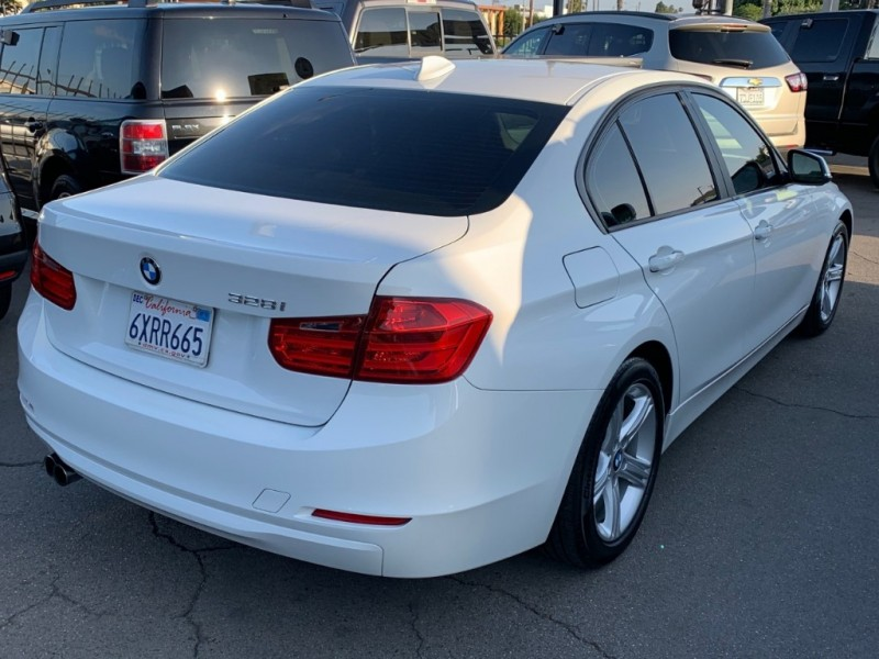 BMW 3-Series 2014 price $12,995