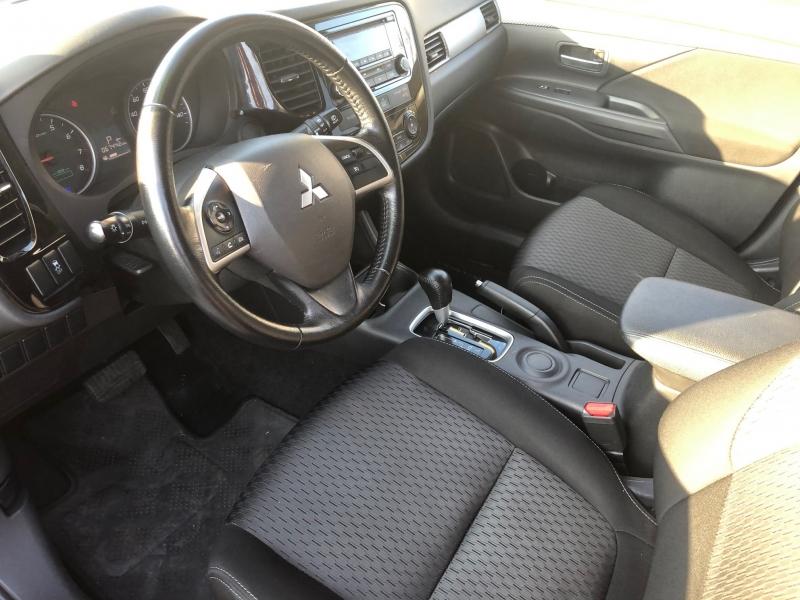 Mitsubishi Outlander 2015 price $9,995