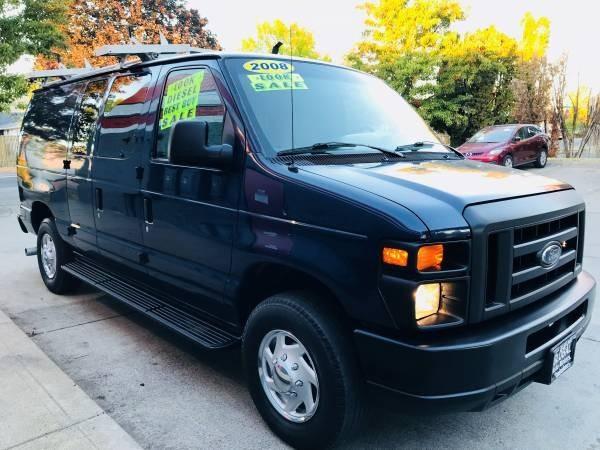 Ford Econoline Cargo Van 2008 price $8,900
