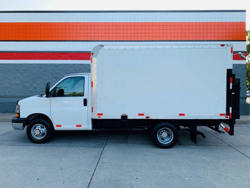 Chevrolet Express Commercial Cutaway 2008 price $9,800