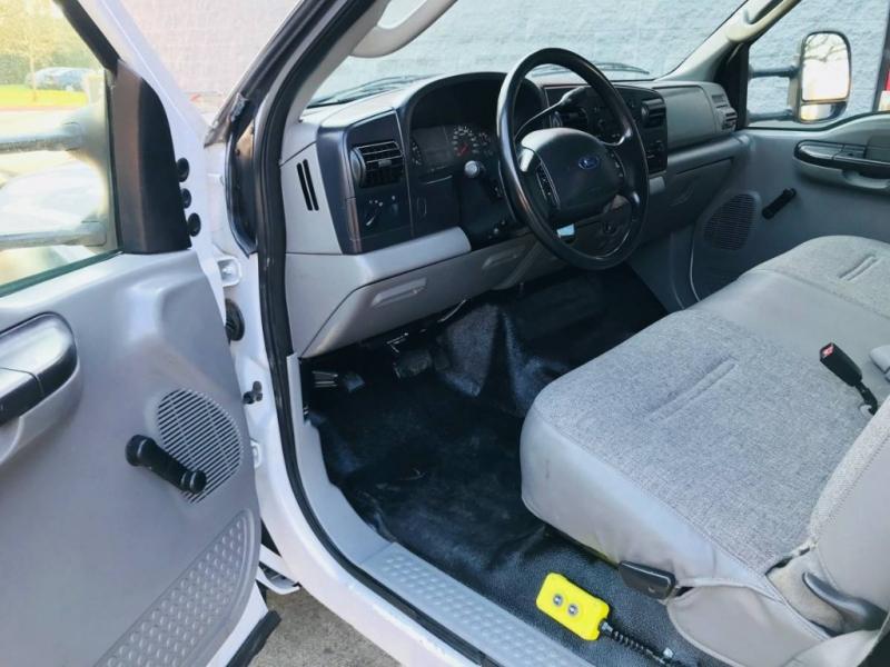 Ford Super Duty F-550 DRW 2005 price $24,900