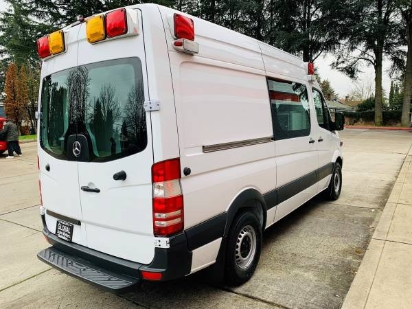 Mercedes-Benz Sprinter Cargo Vans 2011 price $19,800