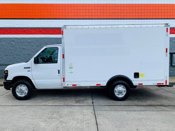 Ford Econoline Commercial Cutaway 2012 price $9,900