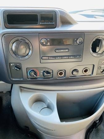 Ford Econoline Commercial Cutaway 2012 price $11,900