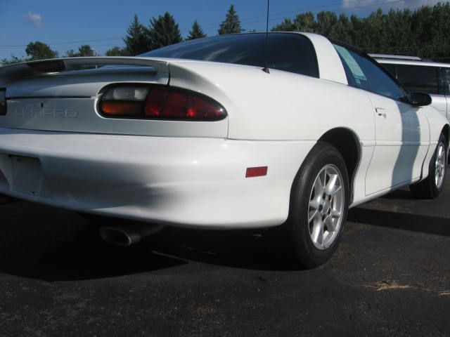 Chevrolet CAMARO 2000 price $2,990