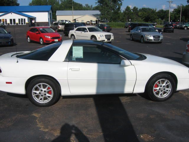 Chevrolet CAMARO 2000 price $2,990