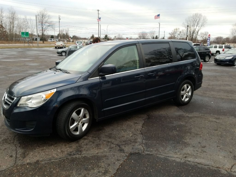 VOLKSWAGEN ROUTAN 2009 price $3,950