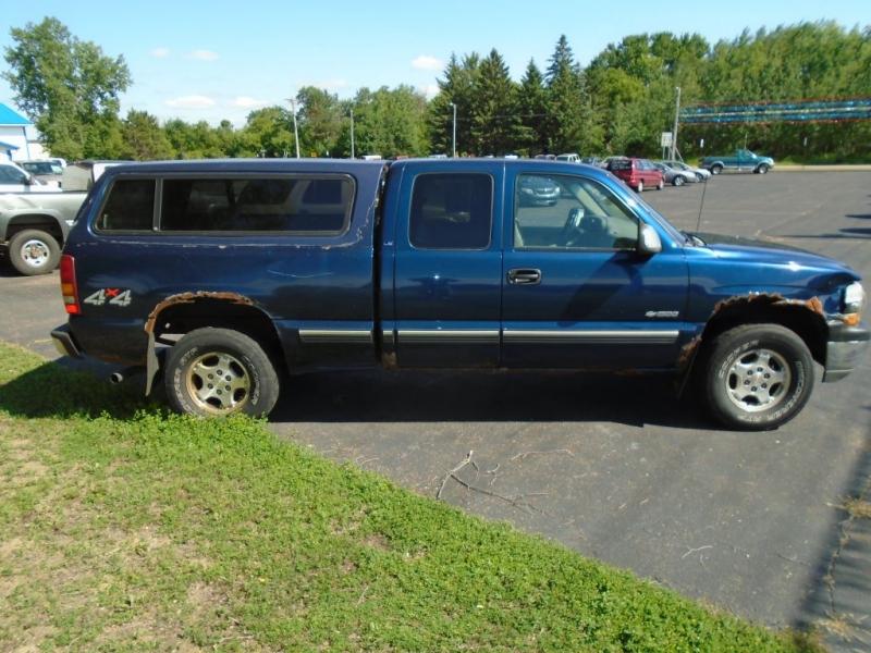 Chevrolet SILVERADO 1500 2000 price $3,500