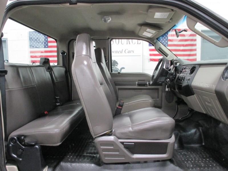 Ford Super Duty F-250 XL 4WD 2009 price $14,900