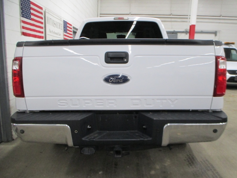 Ford Super Duty F-250 XLT 4WD 2015 price $18,900