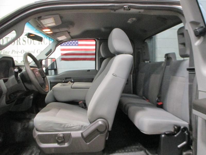 Ford Super Duty F-250 XL 4WD 2012 price $13,900