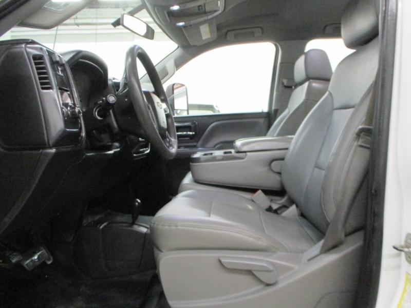 Chevrolet Silverado 3500HD 4WD 2015 price $18,900