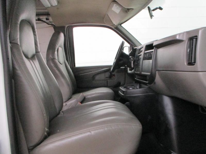 GMC Savana Cargo Van 2007 price $10,900