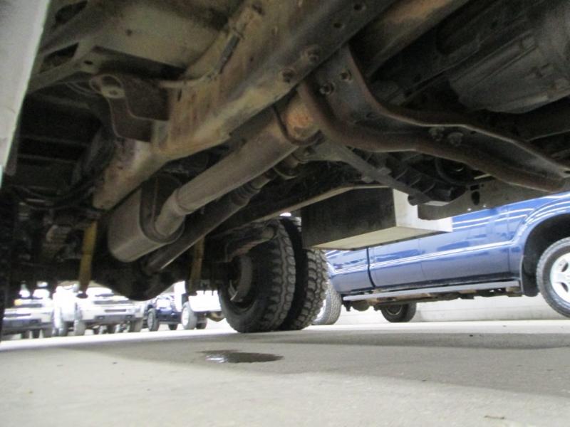 Ford Super Duty F-450 2000 price $8,900
