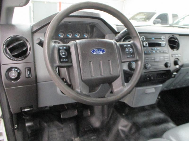 Ford Super Duty F-250 XL 2WD 2014 price $11,900