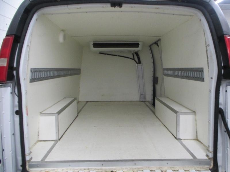 Chevrolet Express Cargo Van 2006 price $11,900