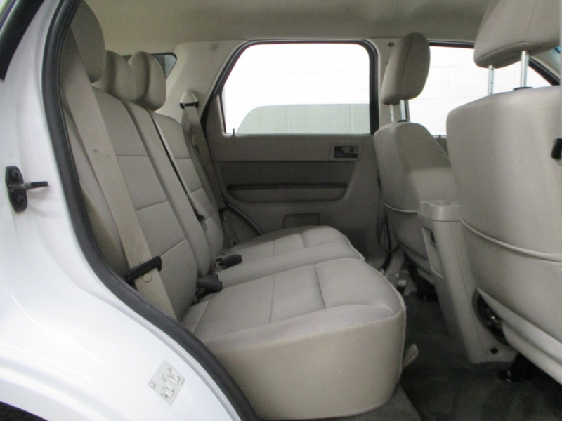 Ford Escape 2012 price $10,900