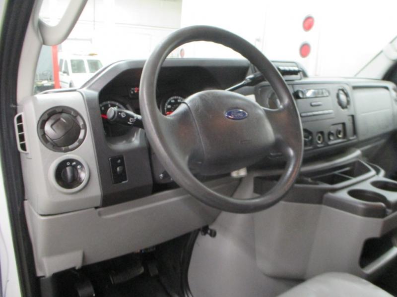 Ford Econoline Cargo Van 2011 price $8,900