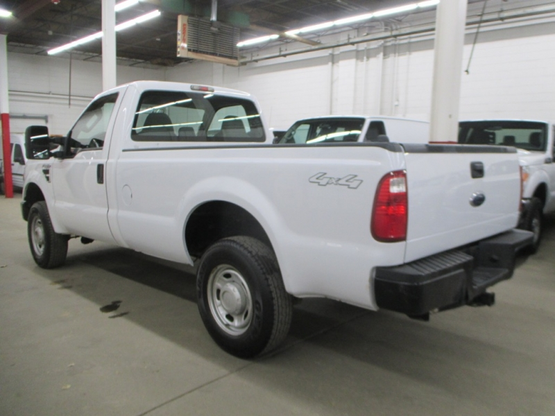 Ford Super Duty F-250 XL 4WD 2010 price $15,450