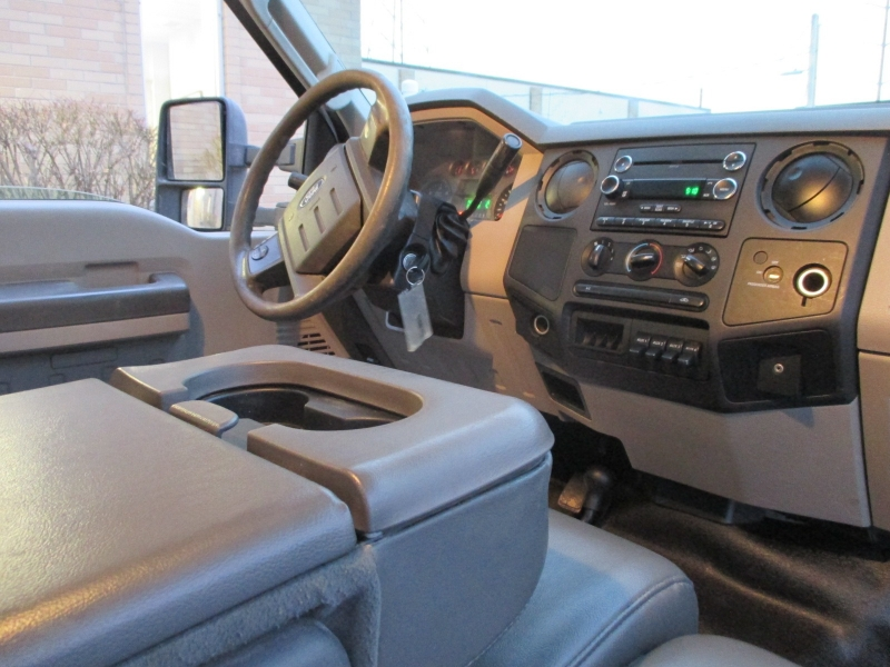 Ford Super Duty F-550 DRW 2009 price $10,900