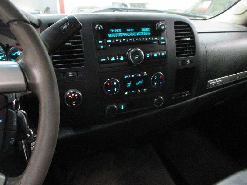 Chevrolet Silverado 2500HD 2012 price $17,900