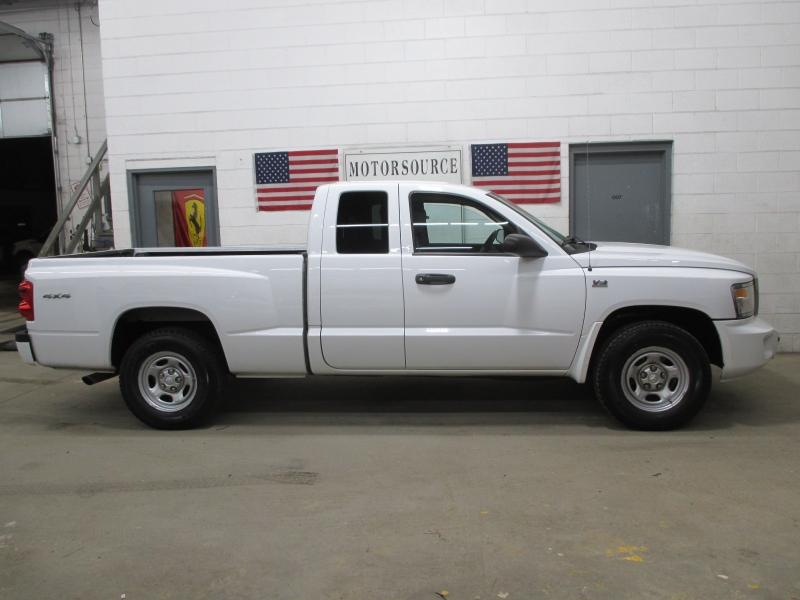 RAM Dakota 2011 price $6,900