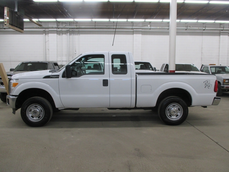 Ford Super Duty F-250 XL 4WD 2013 price $13,900