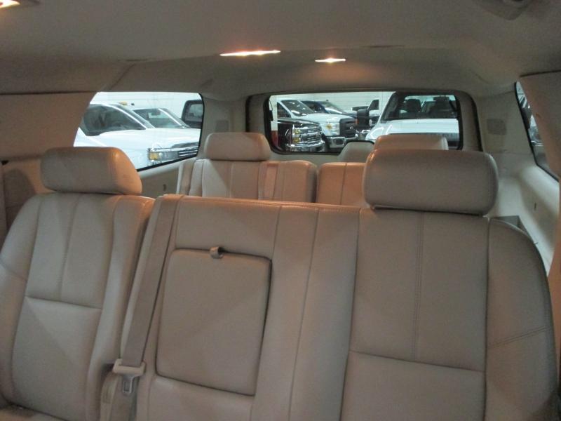 Chevrolet Suburban 2007 price $11,900