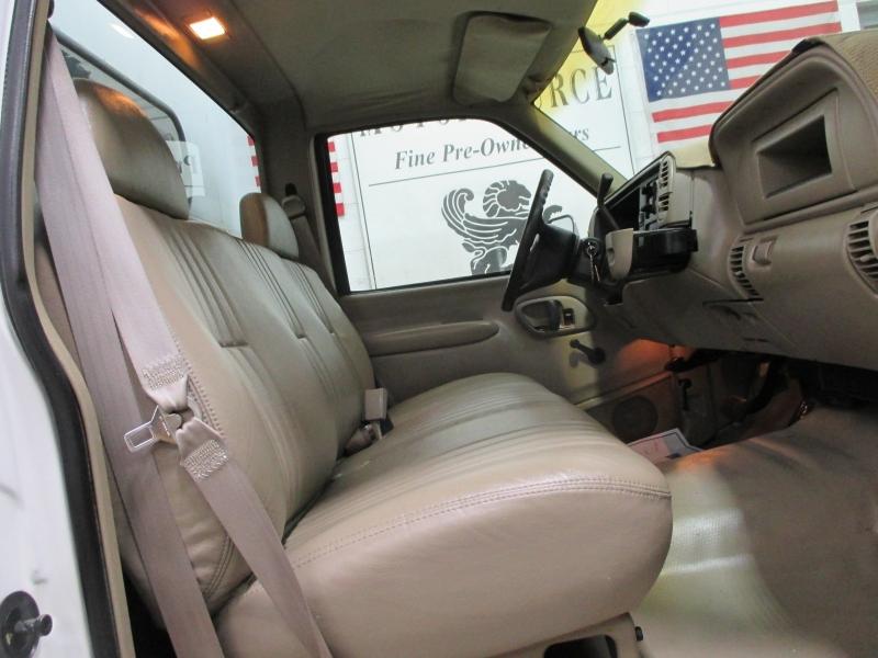 Chevrolet C3500 1999 price $5,900