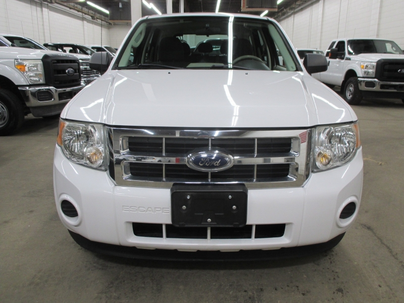 Ford Escape 2009 price $7,900