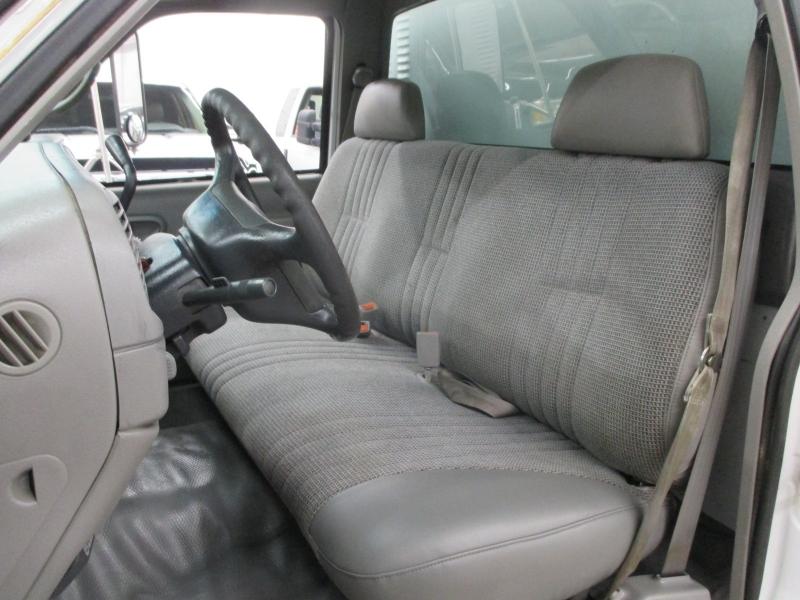 Chevrolet C3500 HD 1998 price $8,900