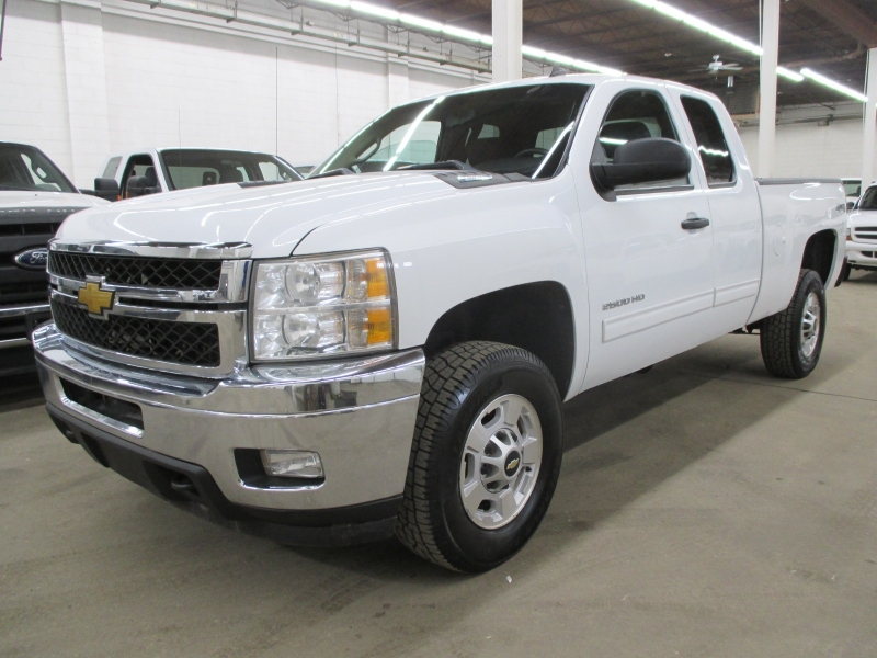 Chevrolet Silverado 2500HD 2013 price $15,900