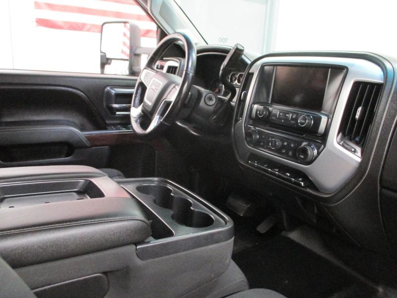GMC Sierra 2500HD 2015 price $21,900
