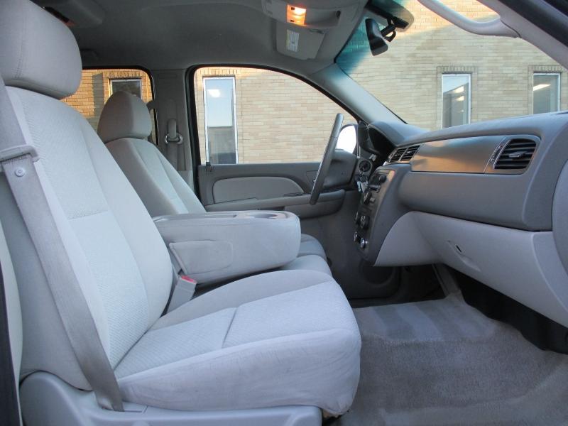 Chevrolet Suburban 2007 price $9,900
