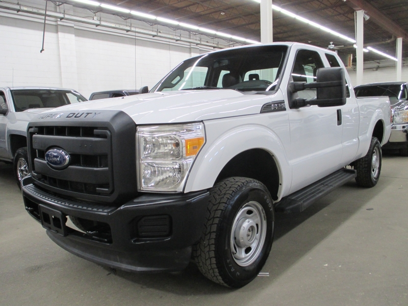 Ford Super Duty F-250 XL 4WD 2013 price $15,450